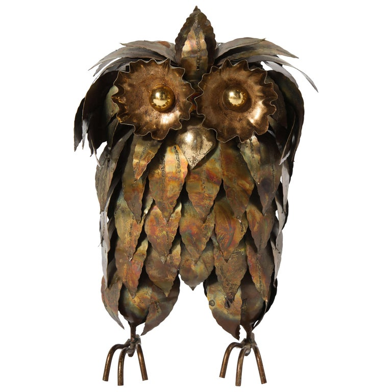 Sculpture, Owl, Brass, circa 1950 For Sale