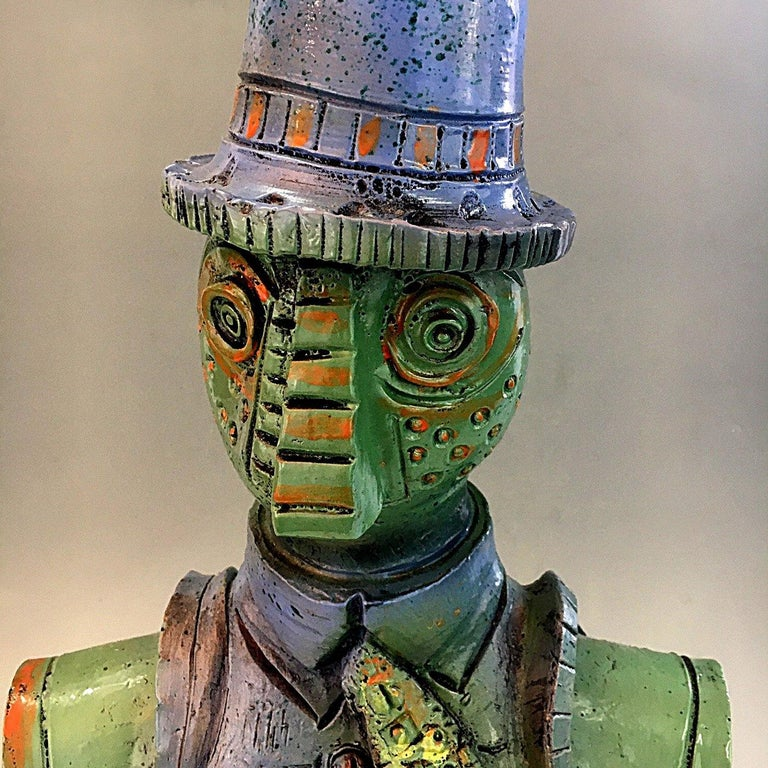 An interesting and peculiar sculpture realized by Alfredo Sosabravo from Cuba, a master of art and pottery. This statue is entirely handmade in ceramic and it is a unique and original piece: it can't be found anywhere else. It is called Sculpture