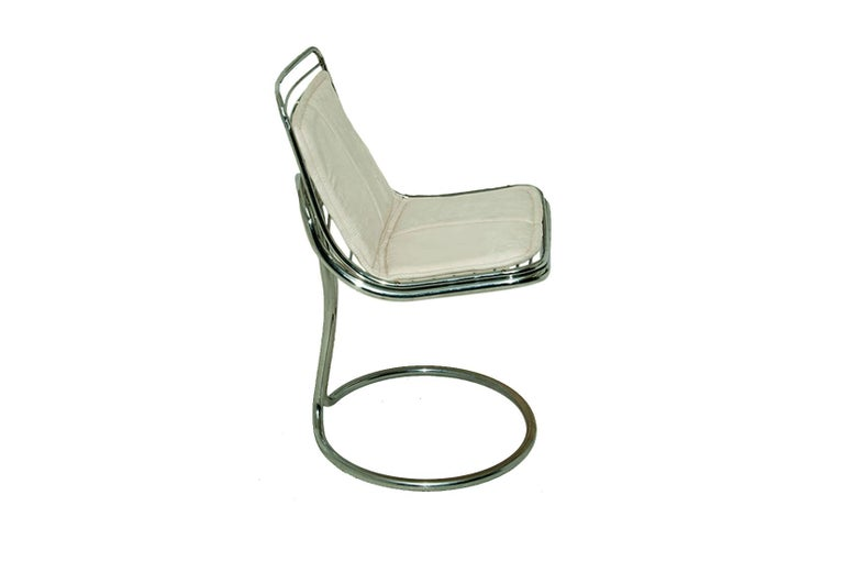 Space Age Sculptural Tubular, Chromed Metal Pair of Chair, Attributed to Gastone Rinaldi For Sale