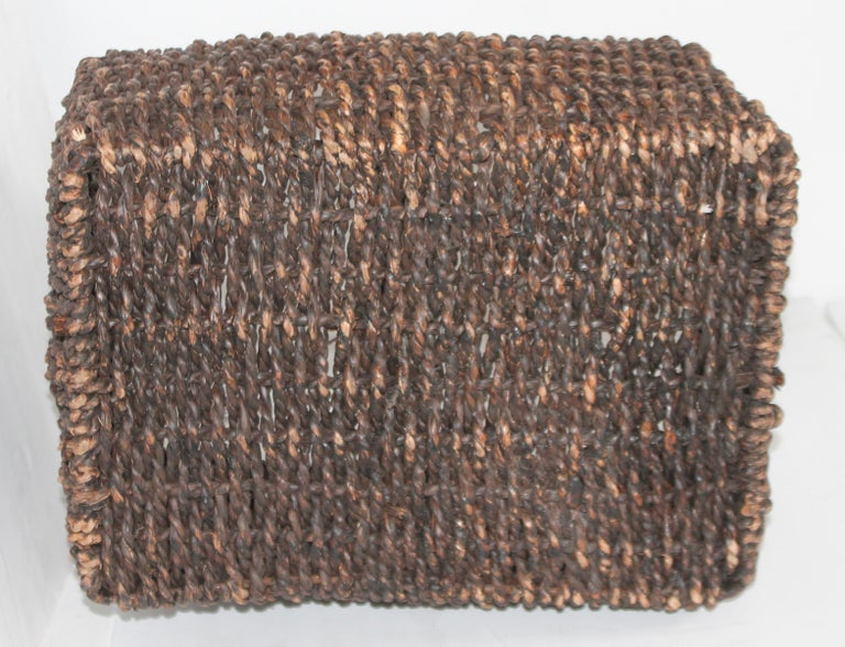Sea Grass Basket In Good Condition For Sale In Los Angeles, CA