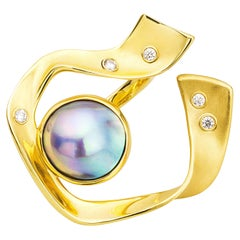 Sea of Cortez Peacock Pearl, Yellow Gold, and Diamond Ring