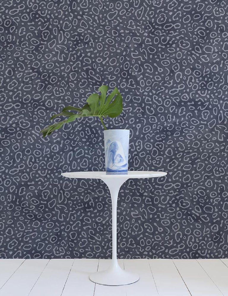 Sea Ray Designer Wallpaper in Mariana 'Dusty Blue and Denim' In New Condition For Sale In Brooklyn, NY