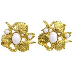 Sea Shell Carol Dauplaise Gold Gilt Earrings New Never worn- 1980s