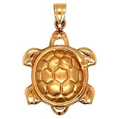 Sea Turtle Charm in 14 Karat Yellow Gold