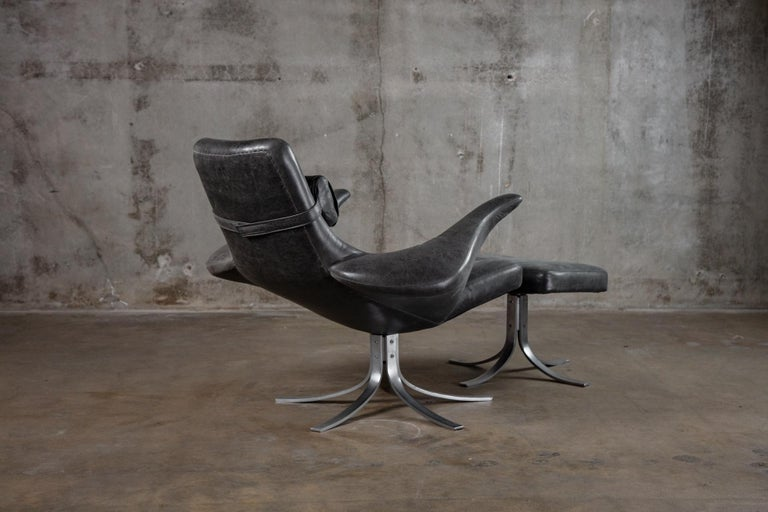 Scandinavian Modern Seagull Chair and Ottoman For Sale