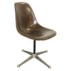 Seal Brown Herman Miller Eames  Model Psc Swivel Desk Office Chair
