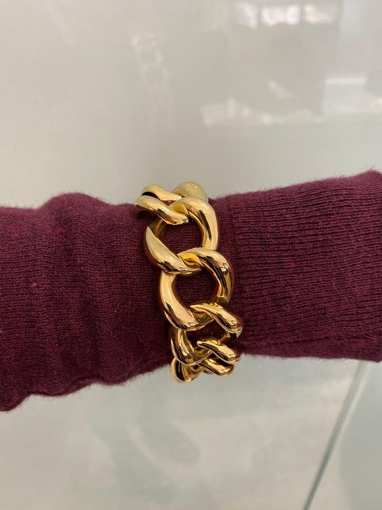 Seaman Schepps 18 Karat Yellow Gold Link Bracelet For Sale 1