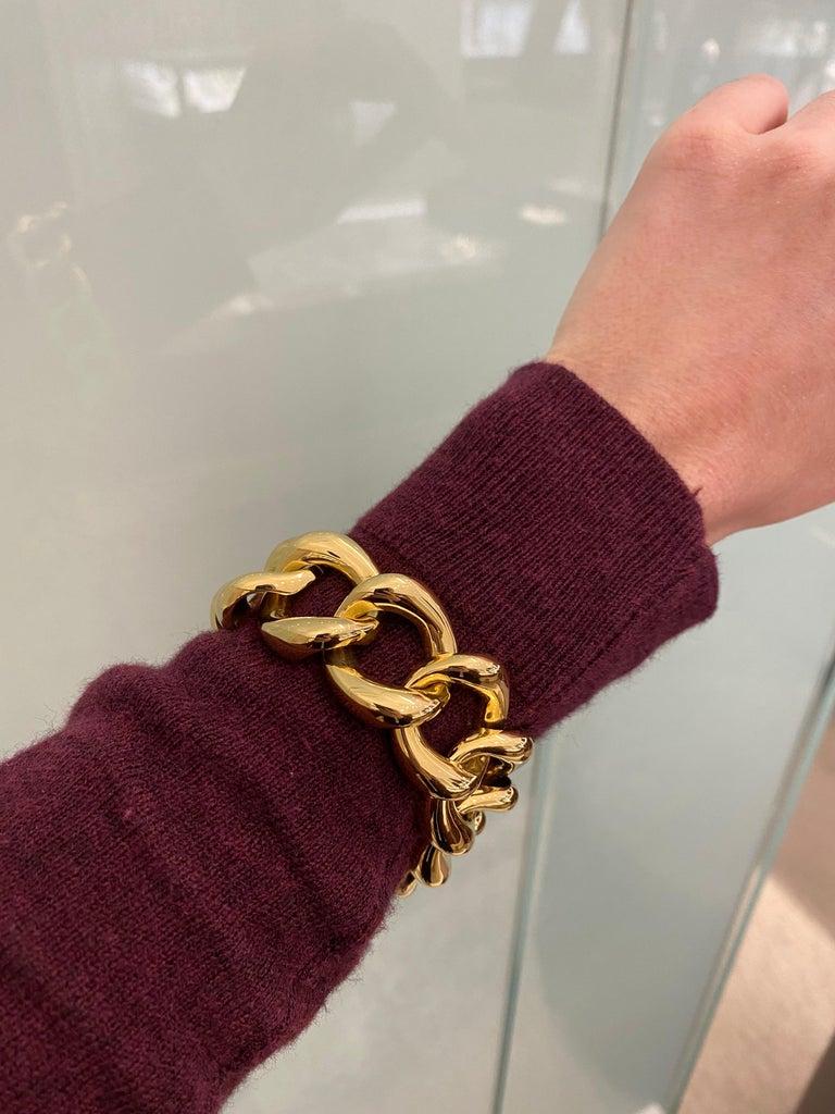 Seaman Schepps 18 Karat Yellow Gold Link Bracelet For Sale 2