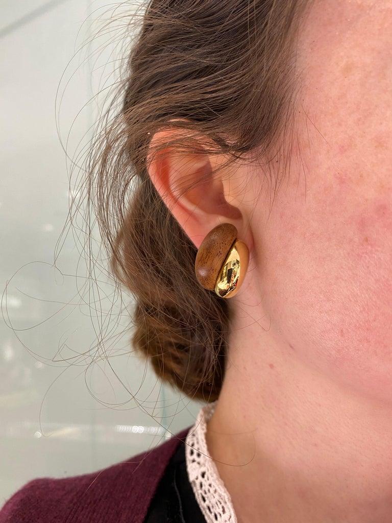 Seaman Schepps 18 Karat Yellow Gold Walnut Wood Silhouette Earrings For Sale 6