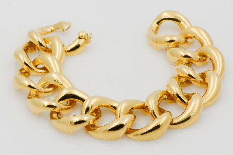 Seaman Schepps 18 Karat Yellow Gold Link Bracelet In New Condition For Sale In Dallas, TX