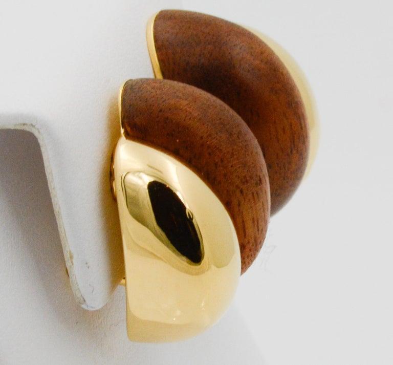 Seaman Schepps 18 Karat Yellow Gold Walnut Wood Silhouette Earrings For Sale 1