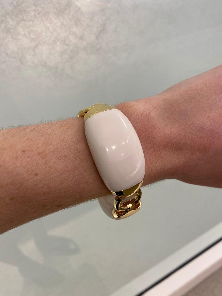 Seaman Schepps Boat Link 18 Karat Yellow Gold White Ceramic Bracelet For Sale 3