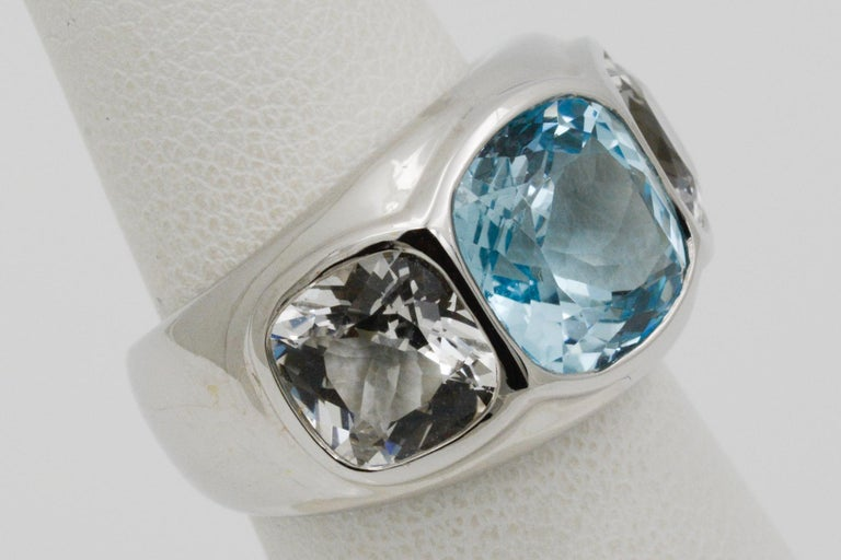 Seaman Schepps Three-Stone Blue and White Topaz Mogul 18 Karat White Gold Ring In New Condition For Sale In Dallas, TX