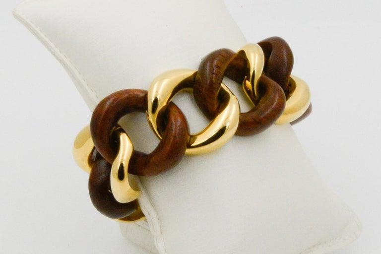 Seaman Schepps Wood Curb Link 18 Karat Yellow Gold Bracelet For Sale 1