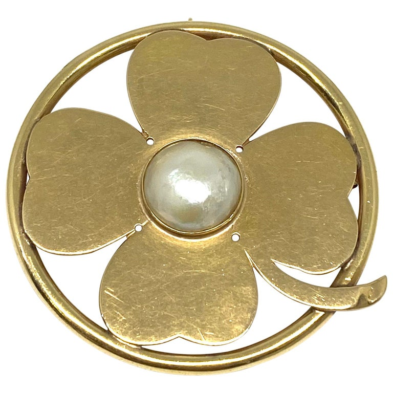 Seaman Schepps Yellow Gold and Mobe Pearl Clover Pendant and Brooch  For Sale