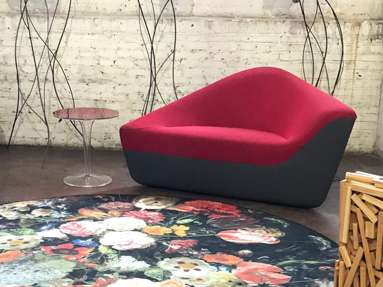 Seating Stone Lounge in Red Fabric by EOOS and Walter Knoll In Excellent Condition For Sale In Philadelphia, PA