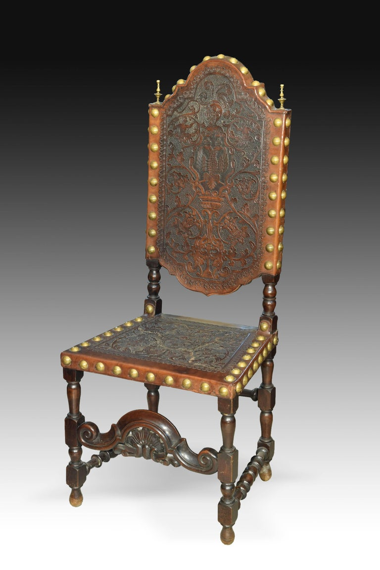 Baroque Revival Seats in Walnut and Embossed Leather, 19th Century For Sale