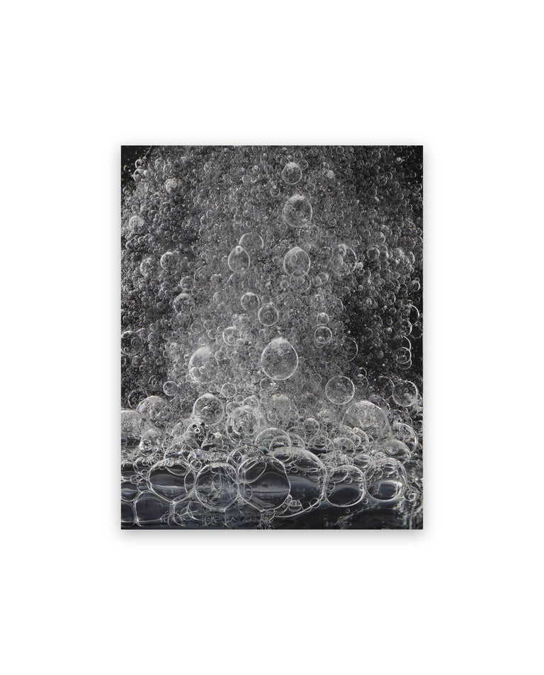 Seb Janiak Abstract Photograph - Gravity - Liquid 58 (Medium)
