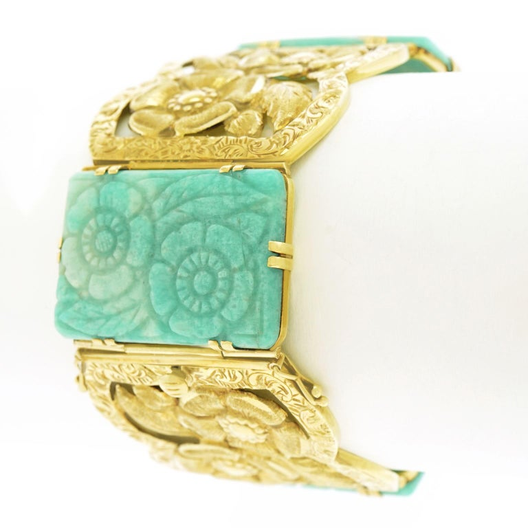 Secessionist Jade and Gold Bracelet For Sale 2