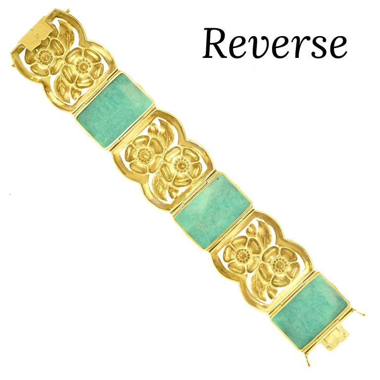 Secessionist Jade and Gold Bracelet For Sale 4