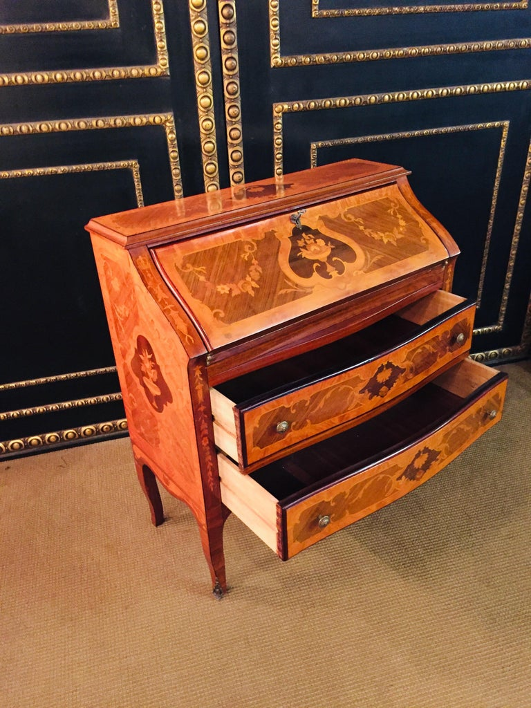 Secretaire in Baroque Stil with Inlays Made in Italy For Sale 6