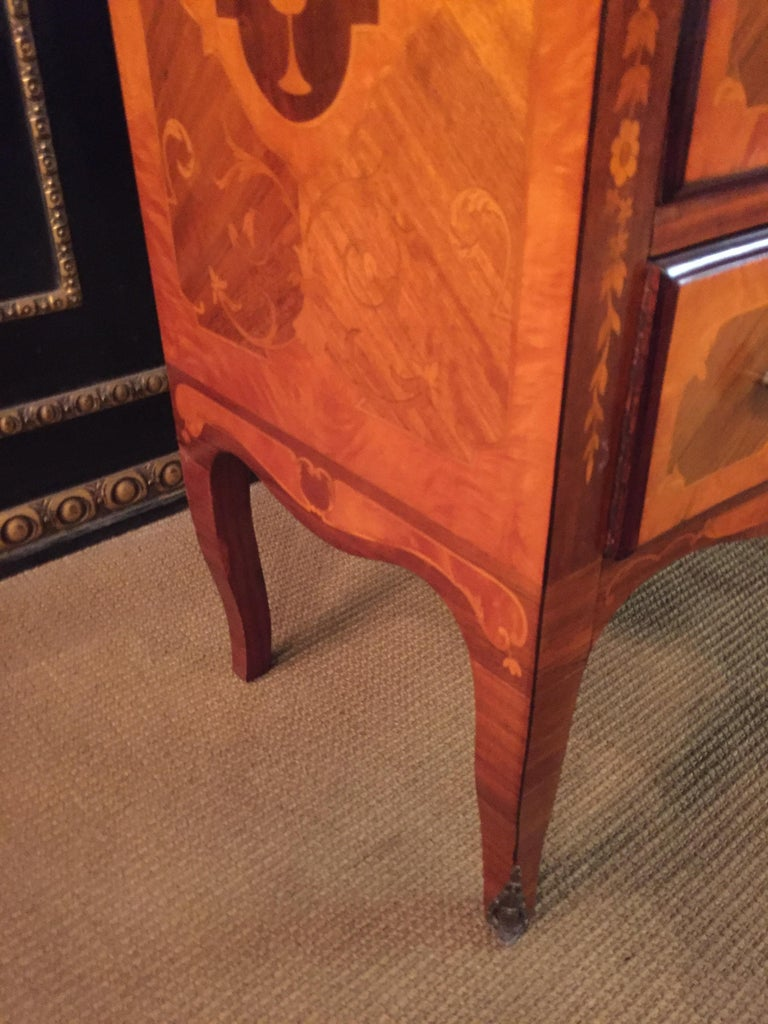 Secretaire in Baroque Stil with Inlays Made in Italy For Sale 11