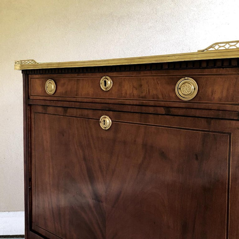 Secretary, 19th Century French Louis XVI with Inlaid Mahogany For Sale 7