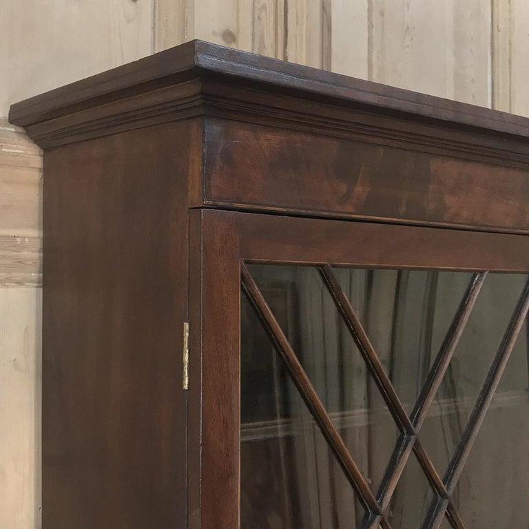 Secretary, Bookcase, 19th Century Antique English in Mahogany For Sale 6