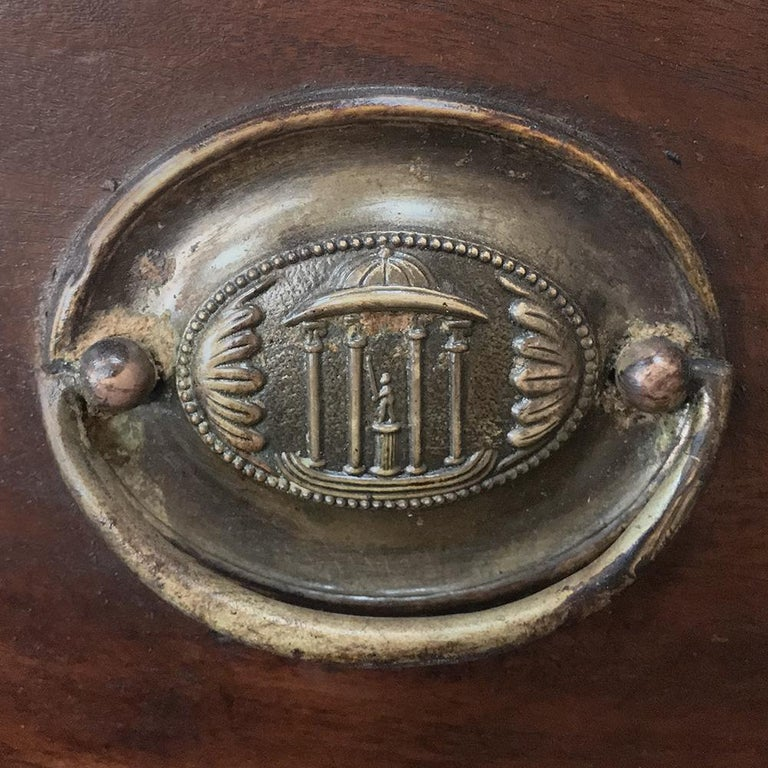 Secretary, Bookcase, 19th Century Antique English in Mahogany For Sale 8