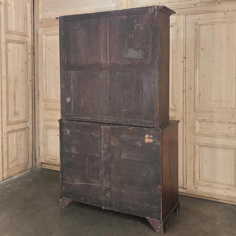 Secretary, Bookcase, 19th Century Antique English in Mahogany For Sale 9