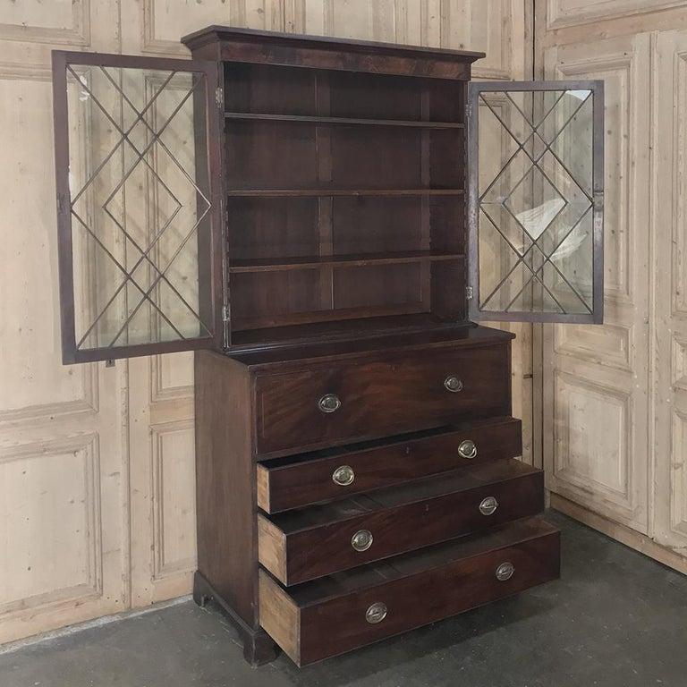 Secretary, Bookcase, 19th Century Antique English in Mahogany For Sale 3