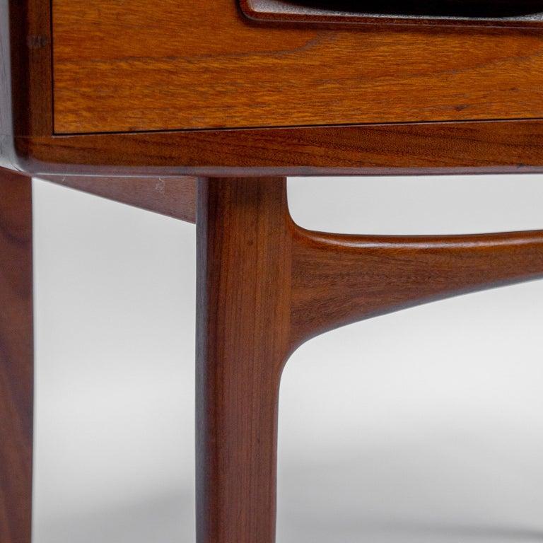 Secretary Desk by Louis Van Teeffelen for Wébé, 1960s For Sale 3
