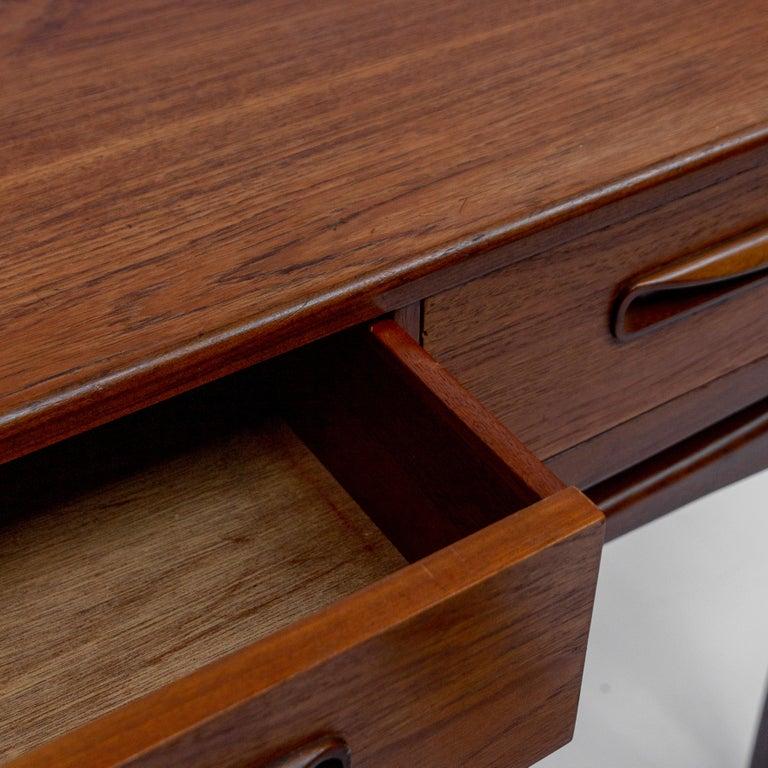 Secretary Desk by Louis Van Teeffelen for Wébé, 1960s For Sale 2