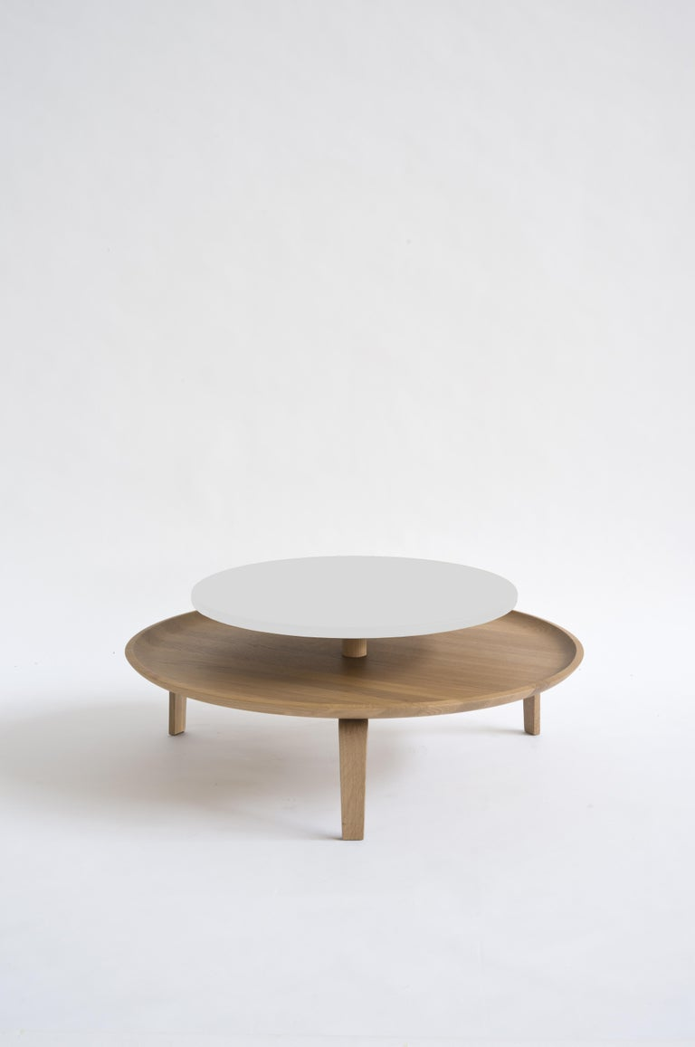 Contemporary Secreto Round Coffee Table by Colé, Natural Oak and Black Lacquered Top For Sale