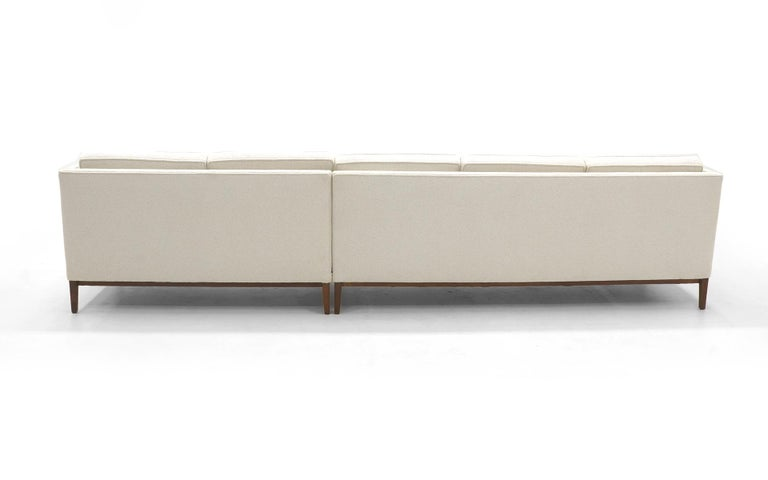 20th Century Sectional Sofa, Five-Seat, Two-Piece, Even Arm, off White, Restored, Excellent For Sale