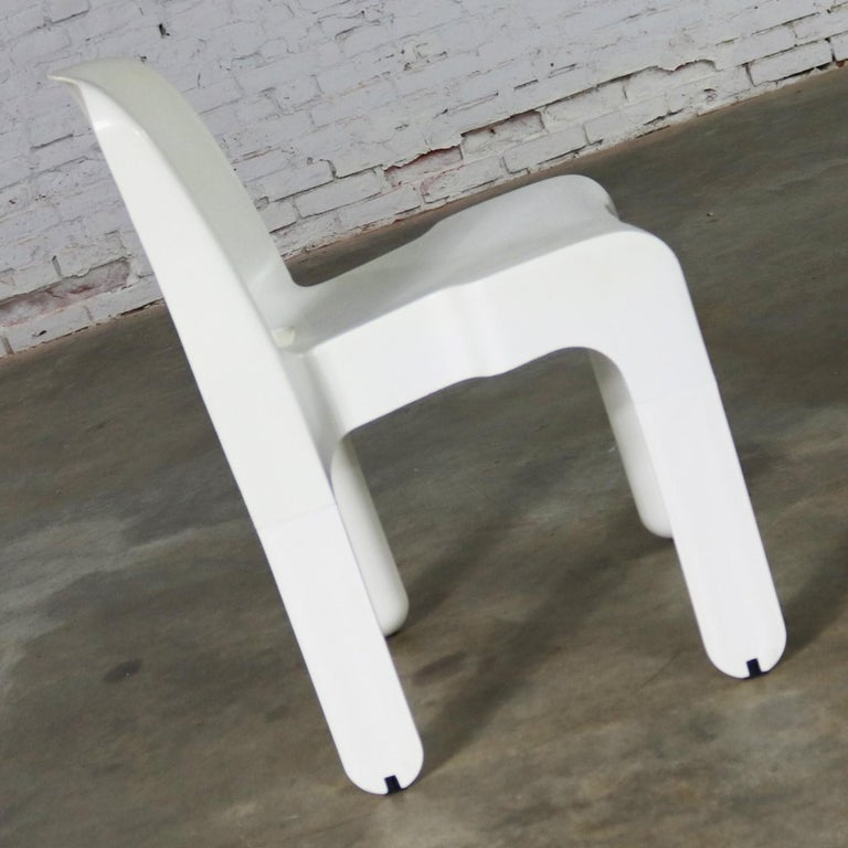 Molded Sedia Universale 4867 Plastic Chair by Joe Columbo for Kartell in White For Sale