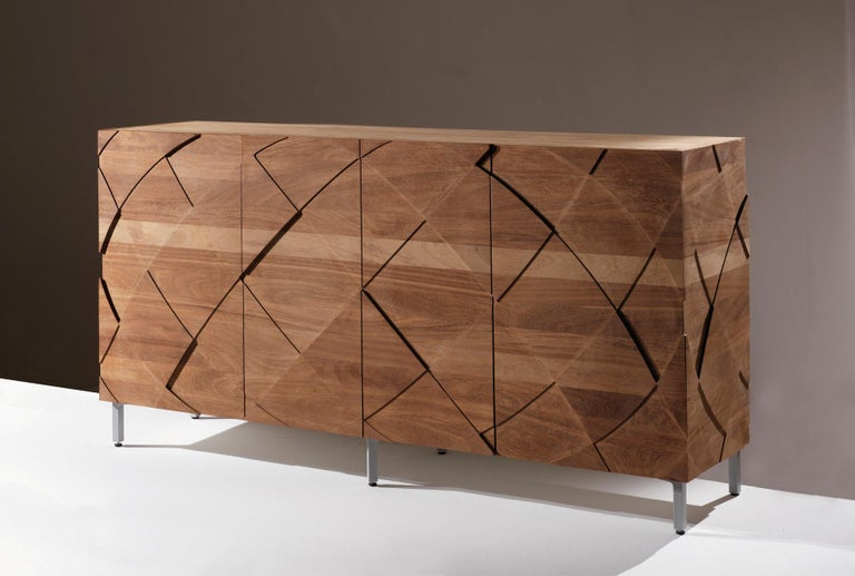 Sedici is a storage unit made in solid wood and with an extremely regular shape. All the parts of this piece of furniture are assembled with cuts of 45 degrees, so that the external edges will turn out to simply be thin lines. Its dynamism can be