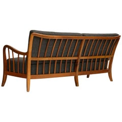 Seette Bench Seat Attributed to Josef Frank, Walnut Wood, Thonet, 1940
