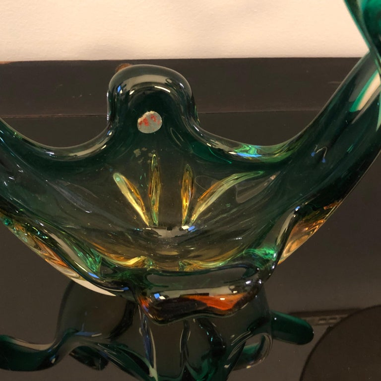 Seguso Attributed Italian Sommerso Green and Brown Murano Glass Centerpiece 1960 For Sale 6