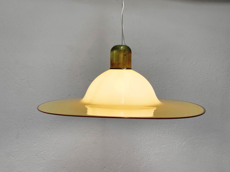 Seguso Midcentury Amber Murano Glass and Brass Italian Chandelier, 1960s For Sale 3