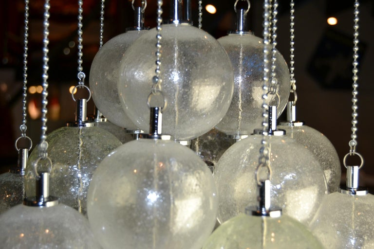 Seguso Murano Bubble Chandelier with Chains, Italy, Mid-20th Century For Sale 6