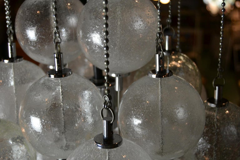 Seguso Murano Bubble Chandelier with Chains, Italy, Mid-20th Century In Good Condition For Sale In Antwerp, BE
