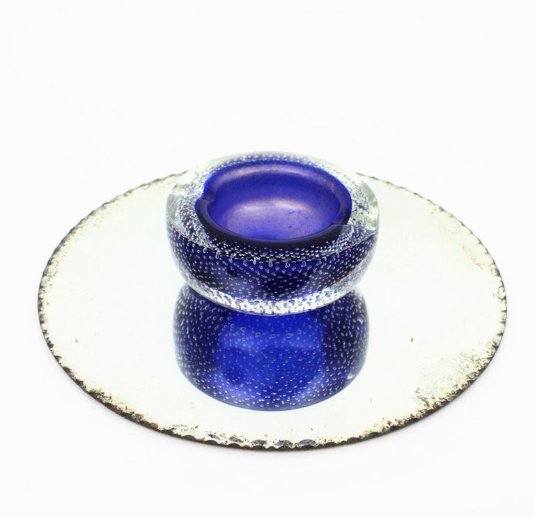 Seguso Murano Cobalt Blue Sommerso Bubbles Italian Art Glass Bowl with Gold Dust In Excellent Condition For Sale In Barcelona, ES