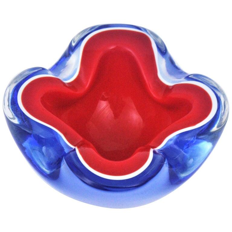 Italian Seguso Murano Sommerso Blue Red Art Glass Bowl For Sale