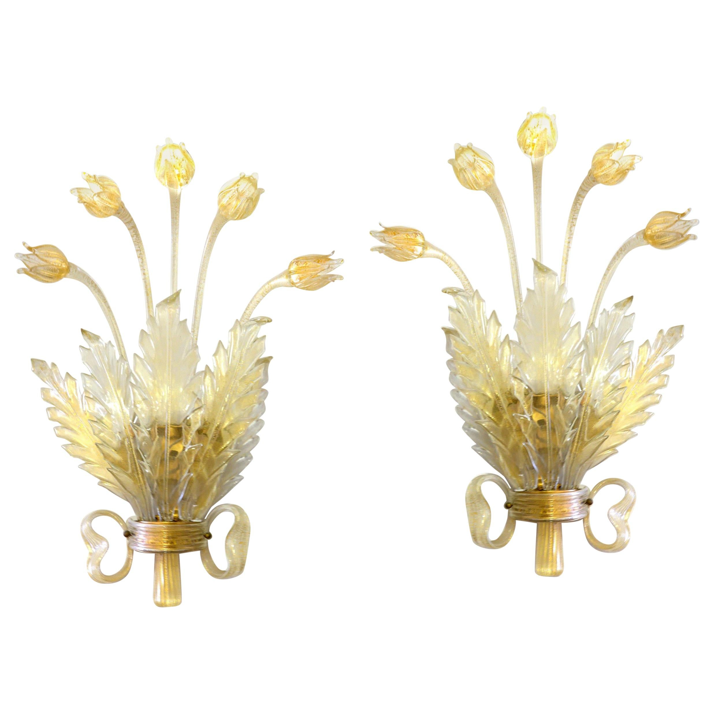 Seguso Pair of Sconces, Murano Glass with Gold Leaf, Tulips, Leaves and Bow Deco