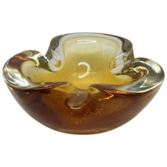 Seguso Style Vintage Italian Sommerso Light Brown Murano Glass Ashtray 1970