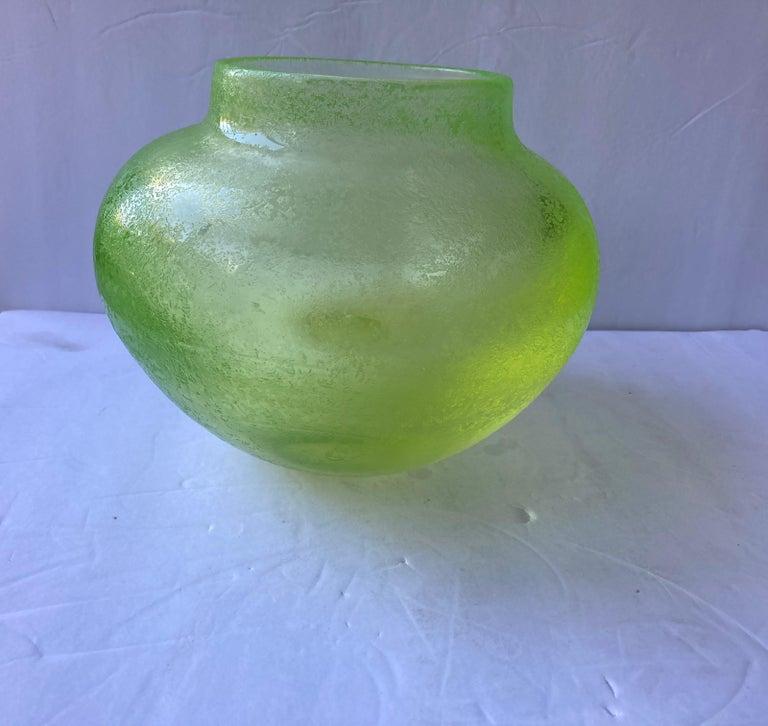 Seguso, Large Murano Glass, Corroso, Uranium Leaded Box /Jar Attb Flavio Poli In Excellent Condition For Sale In Los Angeles, CA