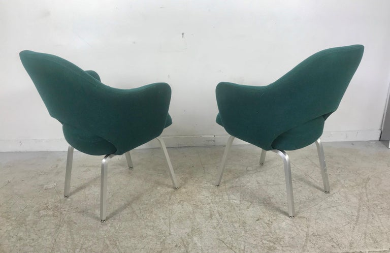 Mid-20th Century Seldom Seen Pair of Early Saarinen/Knoll Executive Armchairs, Aluminum Bases For Sale