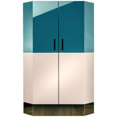 Senza Fine Cabinet in Glossy Bi-Color Lacquer and Polished Brass