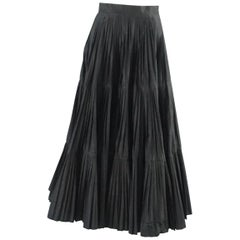 Serge & Real Black Taffeta Pleated Long Skirt - M